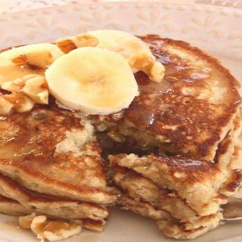 Easy Banana Nut Pancakes |