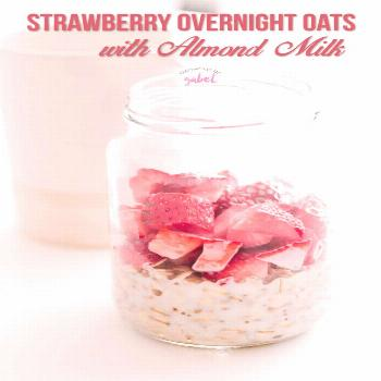 Make a jar of strawberry vanilla overnight oats with almond milk for busy mornings. Just mix up rol
