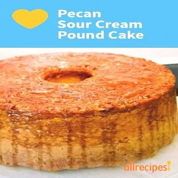 Pecan Sour Cream Pound Cake |