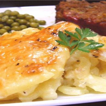 Rich and Creamy Potatoes Au Gratin |