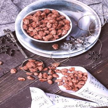 Roasted almonds like from the Christmas market  | Food blog from the Rhineland -  Simple Christmas