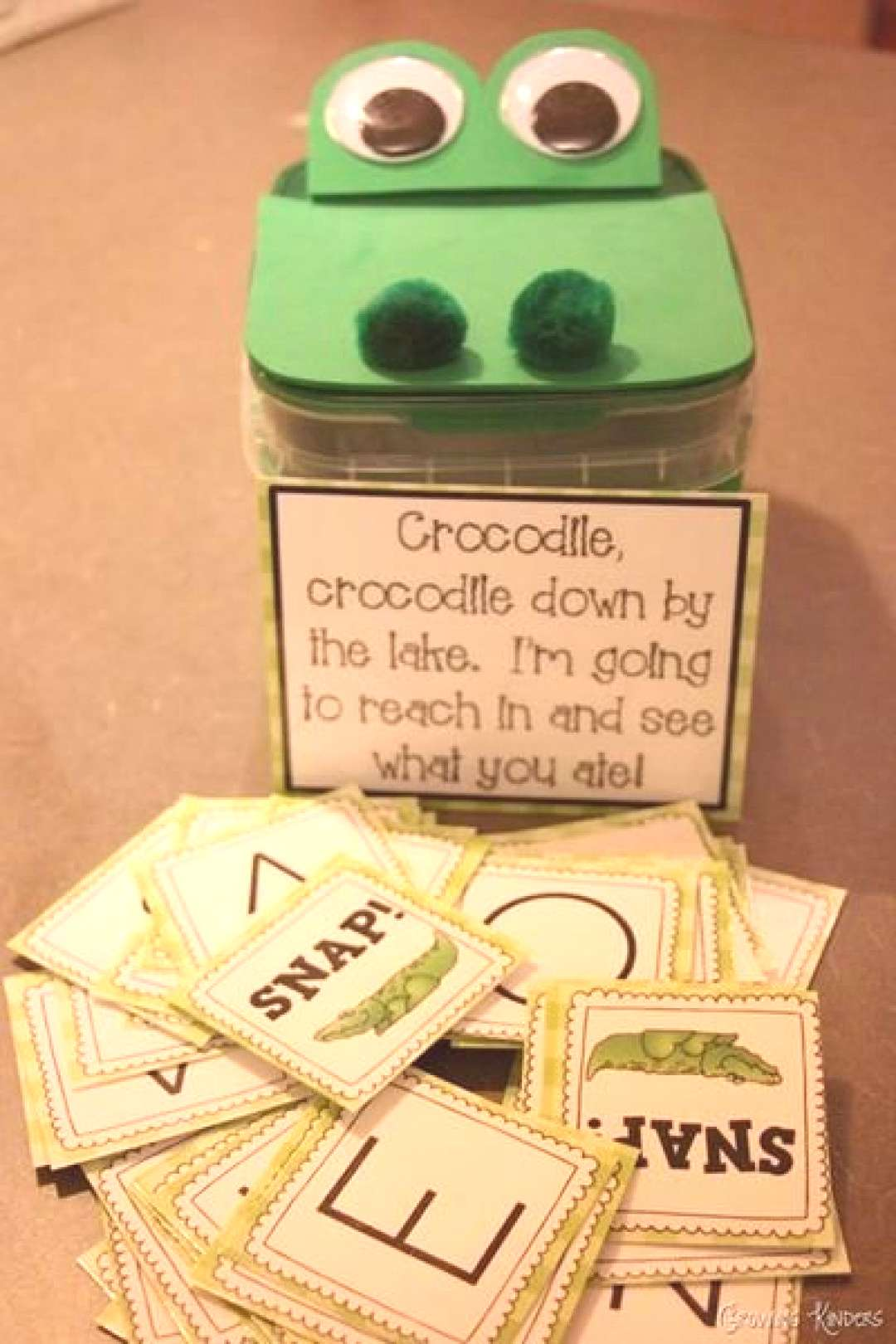 Add excitement to letter practice with this super cute Crocodile Snap! game Kathleen featured over