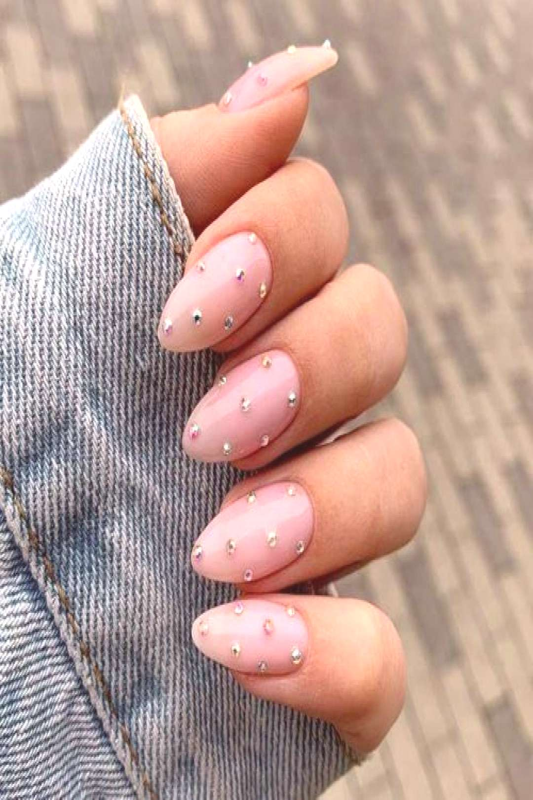 Breathtaking Designs For Almond Nails To Refresh Your Look ★