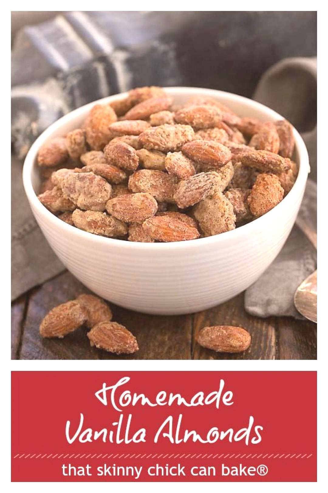 Cinnamon spiced Vanilla Almonds - a homemade gift or a delicious snack that is impossible to resist