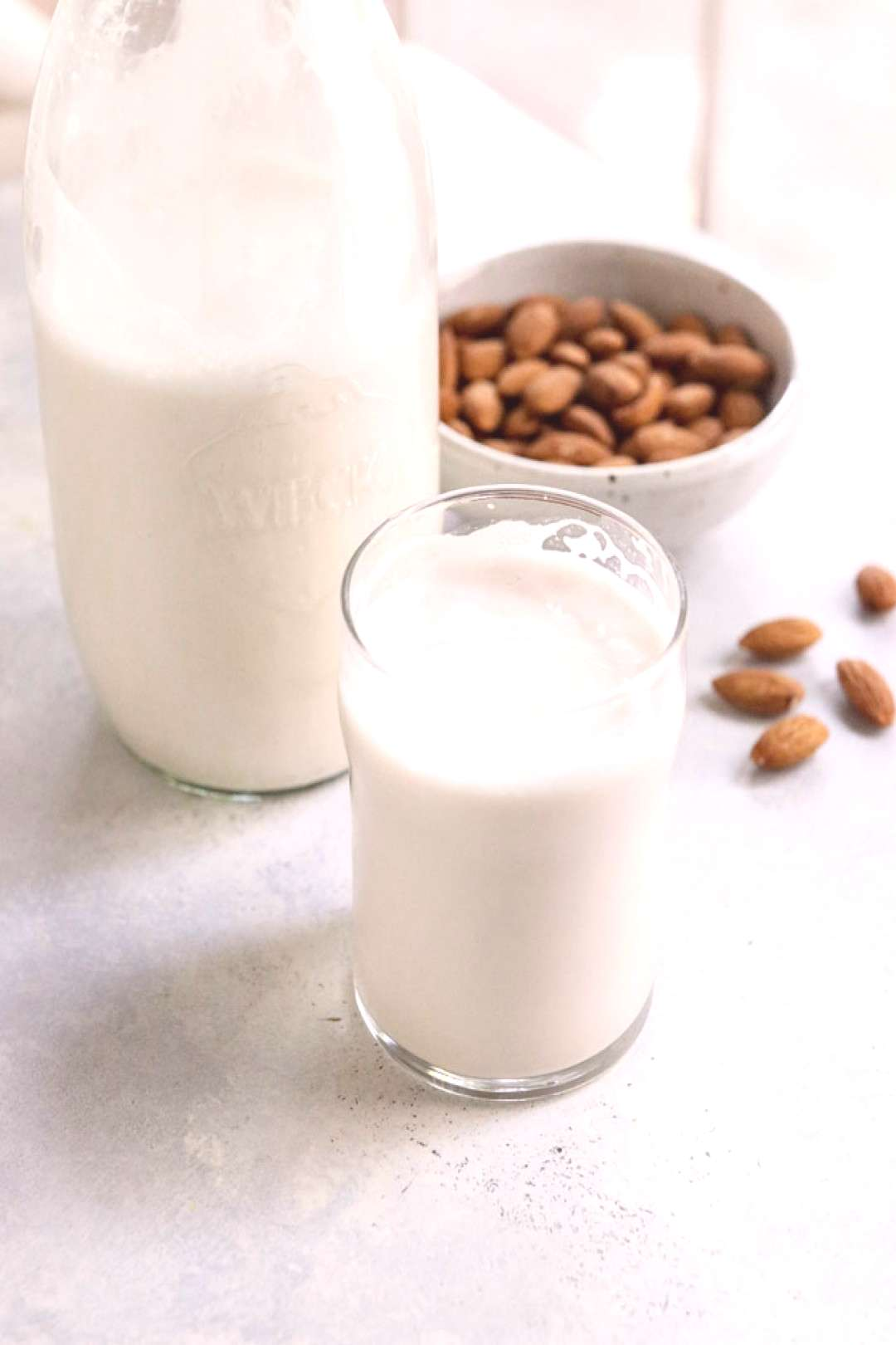 Here's how to make Almond Milk that tastes better than the store-bought version! All you need is 2