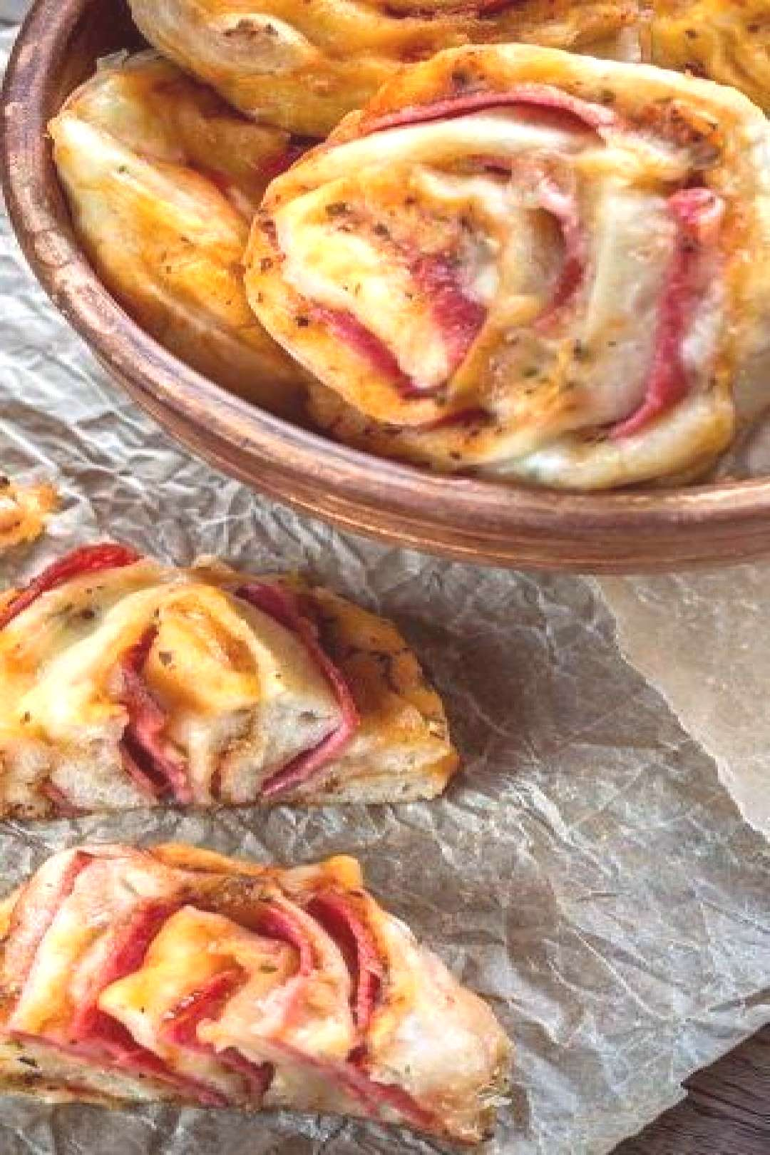 Keto Pizza Rolls is Tasty !!! You must see the complete recipes.